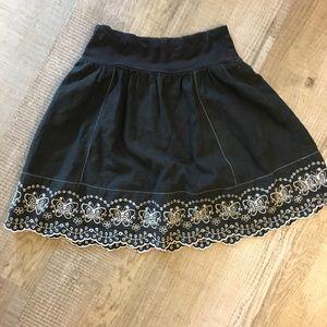 Black white skirt with eyelet trim